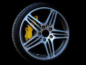 Oznake na pnevmatikah