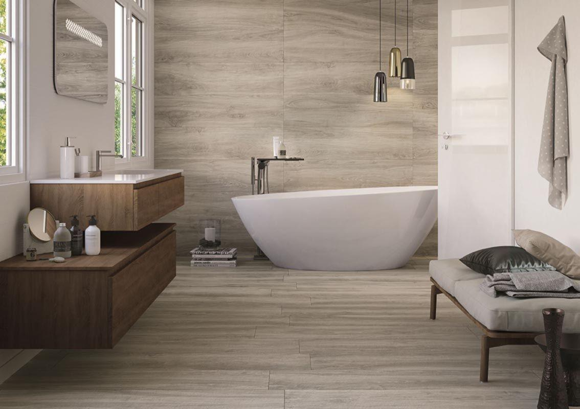 Keramične ploščice v imitaciji lesa za kopalnico