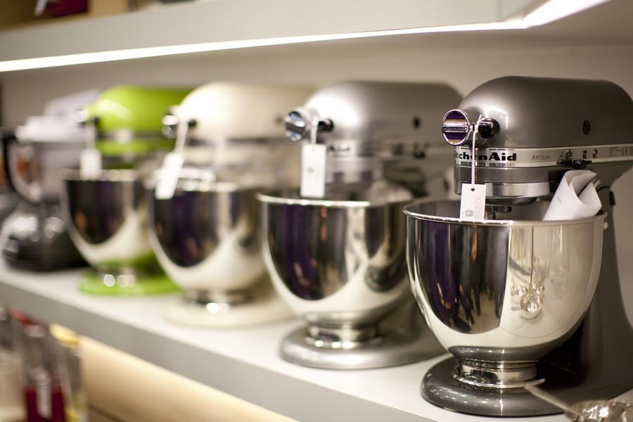 Srebrna žlica - kuhinjski mešalnik KitchenAid