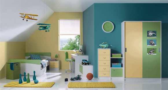 Moderne mladinske sobe s posteljo