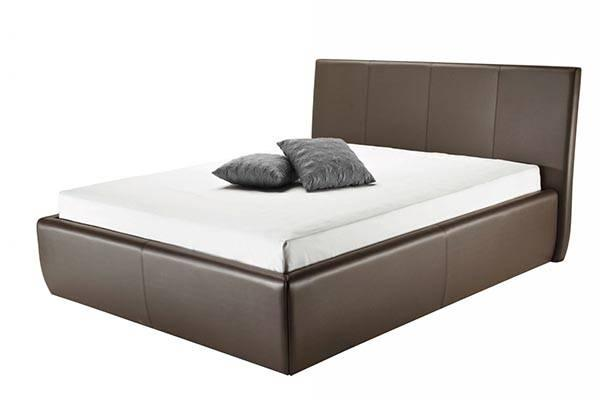 Zakonska postelja z oblazinjeno konstrukcijo