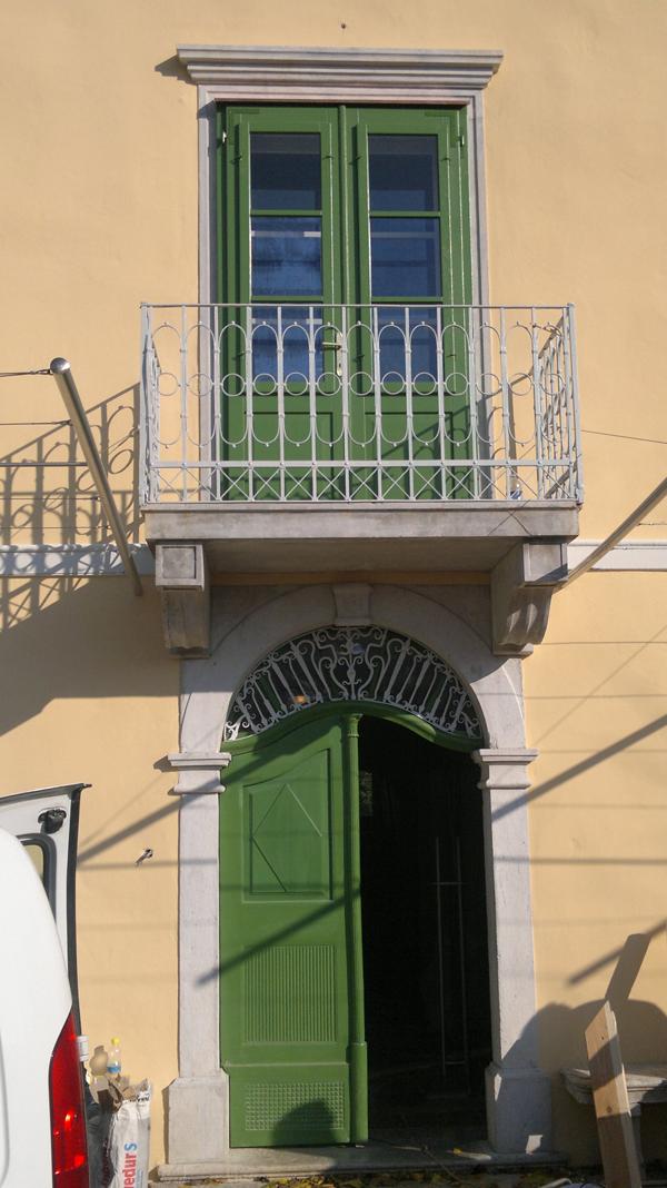 Mizar Volčja Draga | Lesena vrata