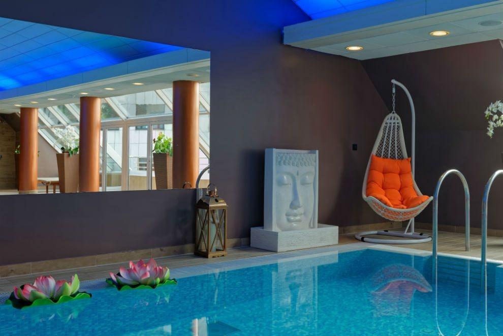 Prednosti plavanja v bazenu