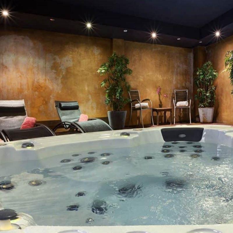 Masažni bazeni za hidroterapijo