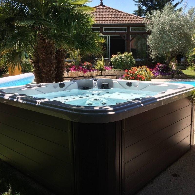 Postavitev masažnega bazena