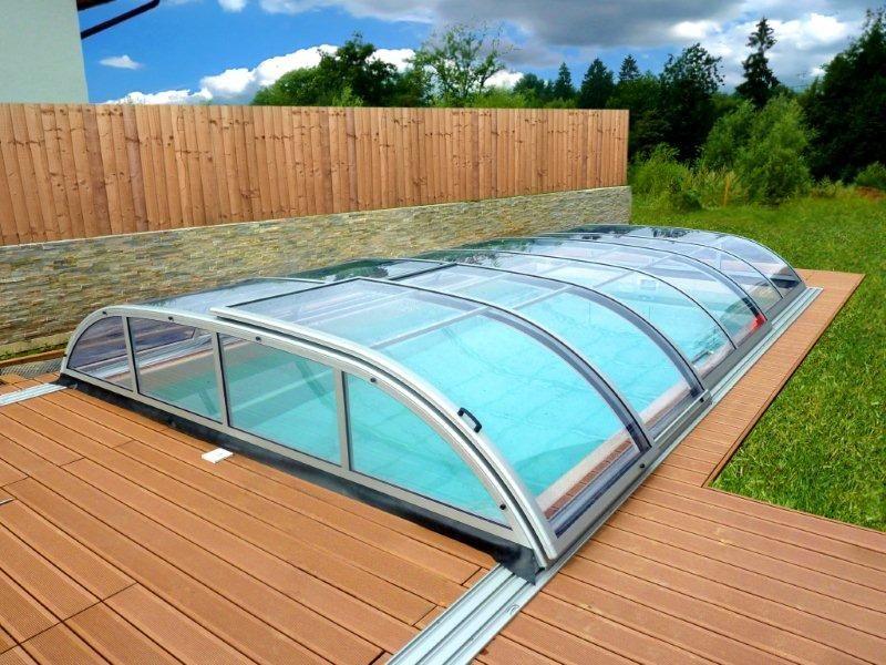 Streha za bazen