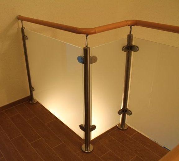 Varovalna ograja za stopnice