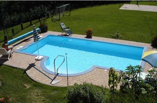 Adriapool bazeni -klasični bazeni, montažni bazeni, leseni bazeni, jacuzzi, savne po meri, finske savne