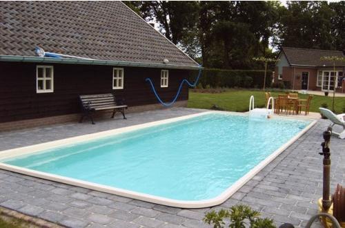 Bazeni Adriapool -bazen, bazeni, bazenska tehnika, bazenske rolete, bazenske strehe