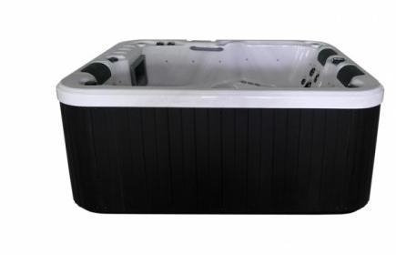 Masažni bazen Whirlpool
