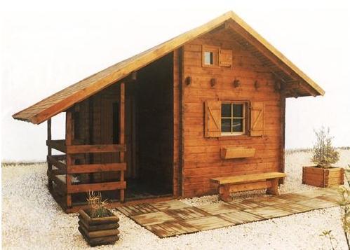lesena hiša iz brun