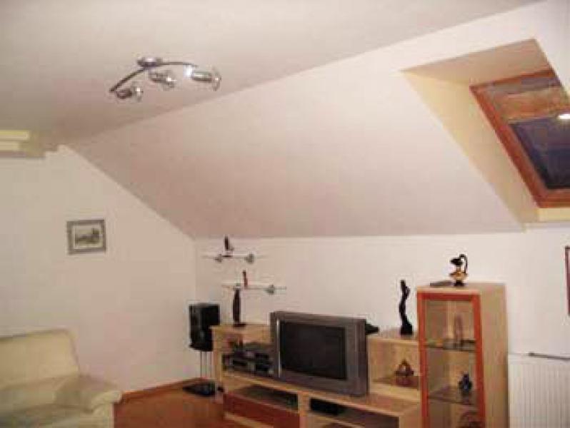 Podstrešno stanovanje
