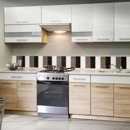 Ugodne moderne in klasične kuhinje