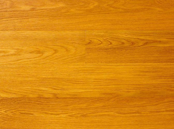 Polaganje vilin plošč na čisto in gladko površino