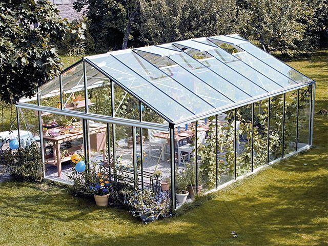 Steklenjak za vrt