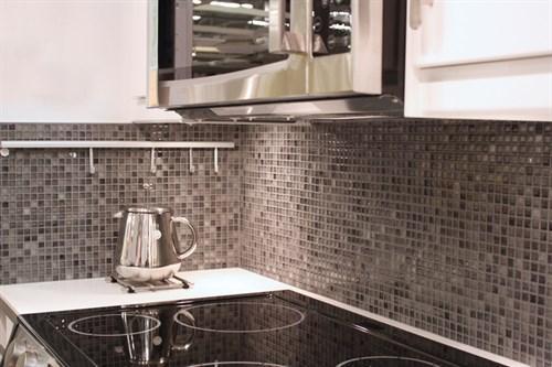 Kuhinjske stenske keramične ploščice