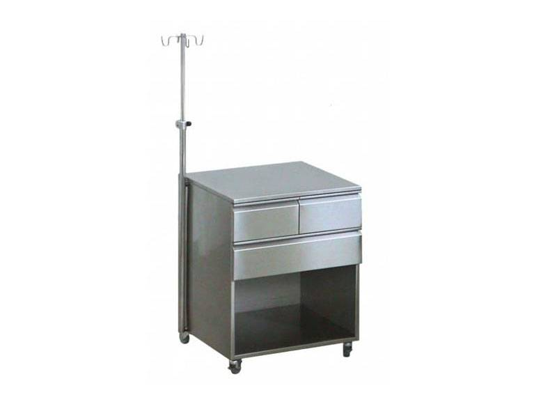 Kovinsko pohištvo za zdravstvene ustanove