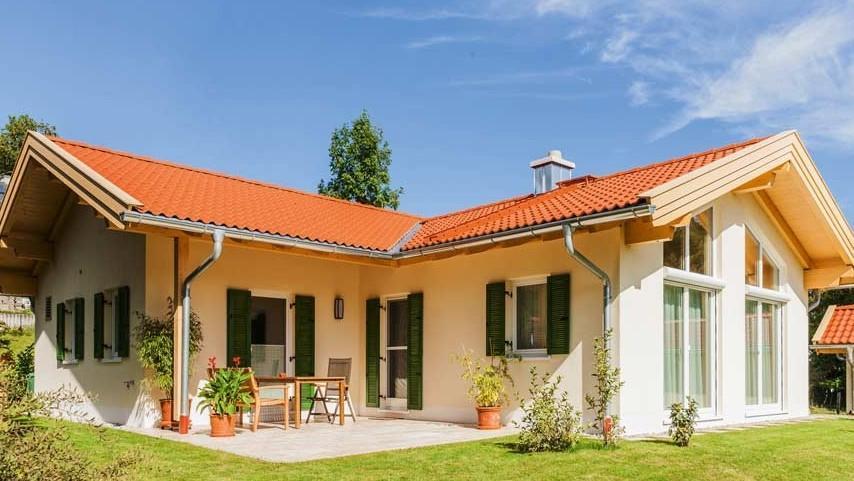 Atrisjke hiše imajo pogled na vrt iz večih prostorov