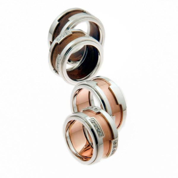zaročni in poročni prstani iz belega zlata