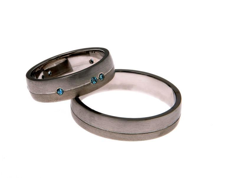 Poročni prstani iz titana