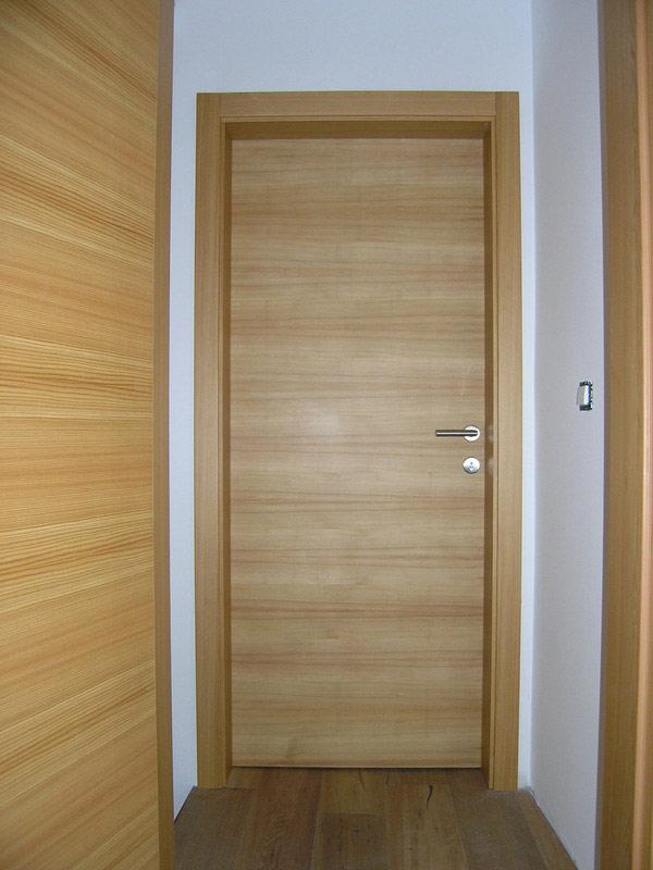 Notranja masivna lesena vrata