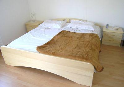 Masivne postelje po meri