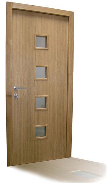 Moderna vhodna vrata iz lesa