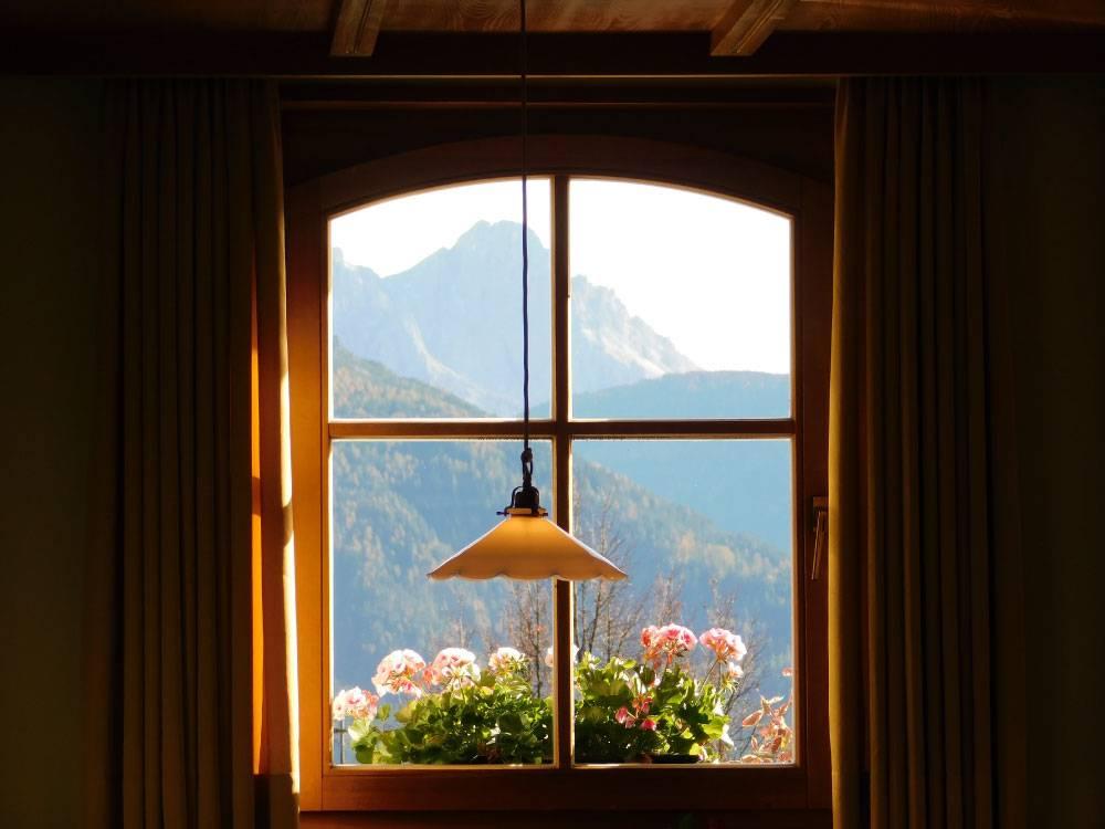 Okna prilagojena velikosti odprtine