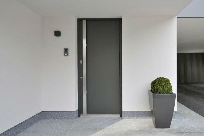 Vhodna vrata M Sora