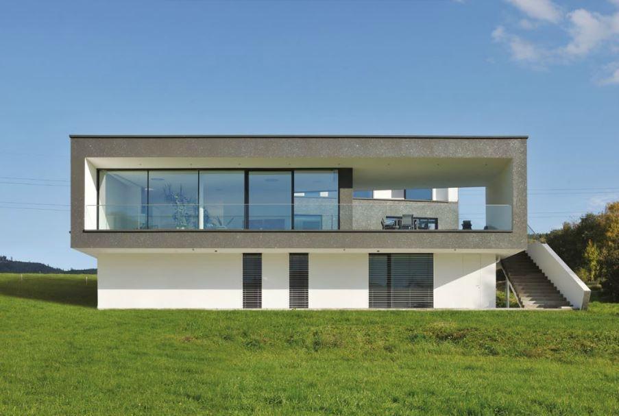 Steklena balkonska drsna vrata