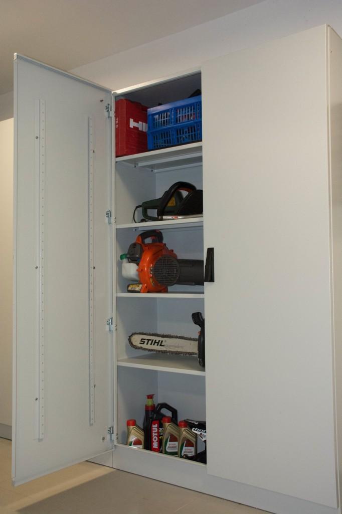 Kovinska omara za orodje