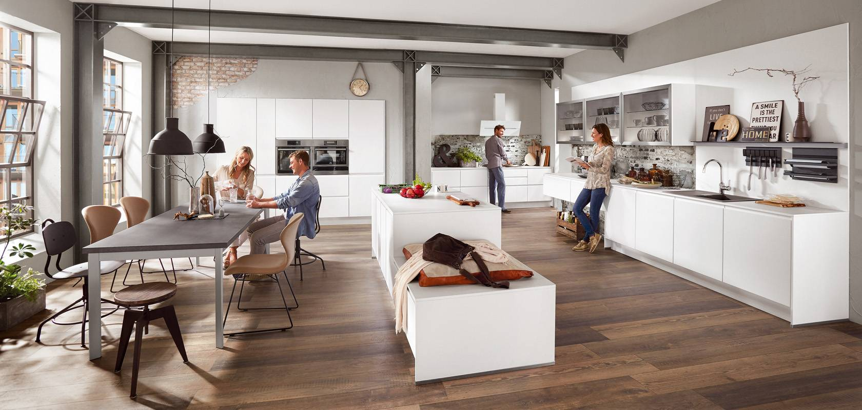 Moderno pohištvo za kuhinje, jedilnice, dnevne sobe itd.