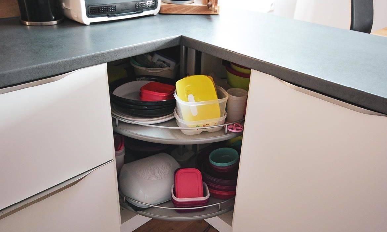 Kotni kuhinjski elementi in omarice