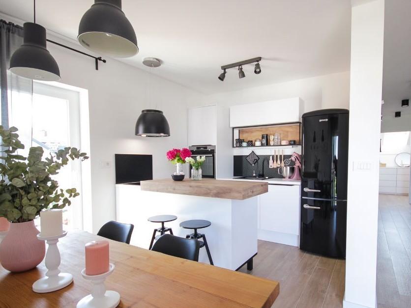 Kuhinja po naročilu v stilu skandinavskega minimalizma