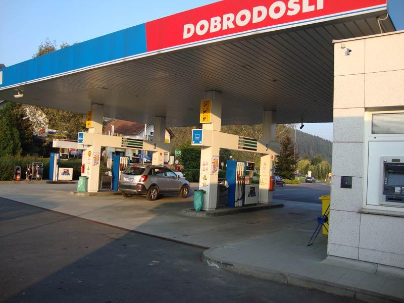 bencinska črpalka
