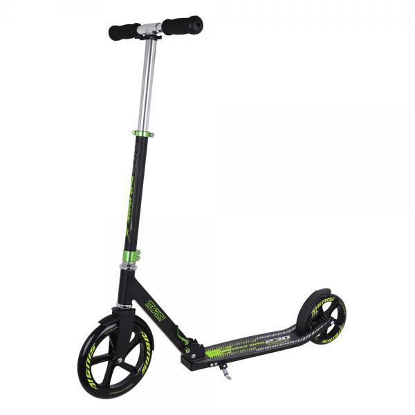Skiro z velikimi kolesi