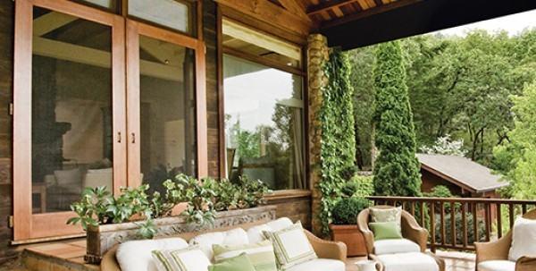 Barve in barvanje lesenih oken