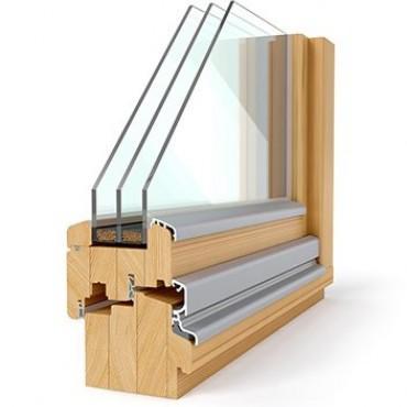 Lesena okna s troslojnim steklom