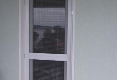 komarniki za vrata