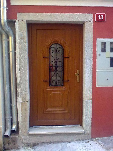 cena vhodnih vrat