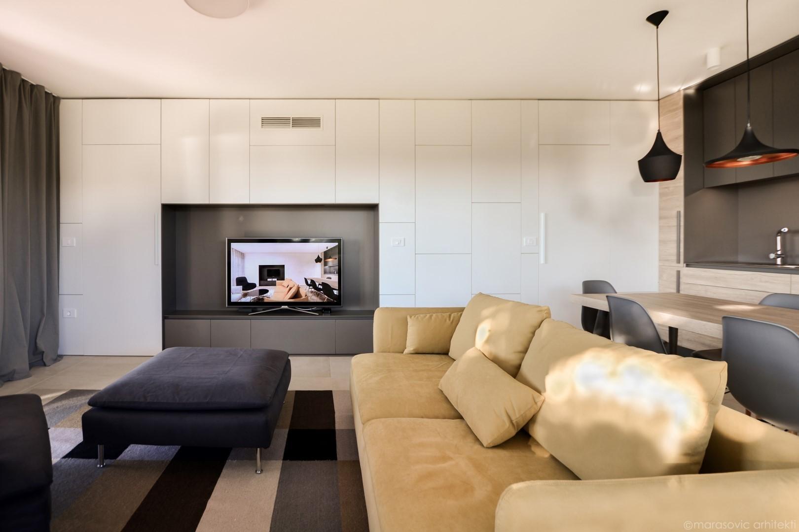 Leseno pohištvo za dnevno sobo