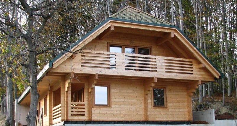 masivne lesene vikend hiše
