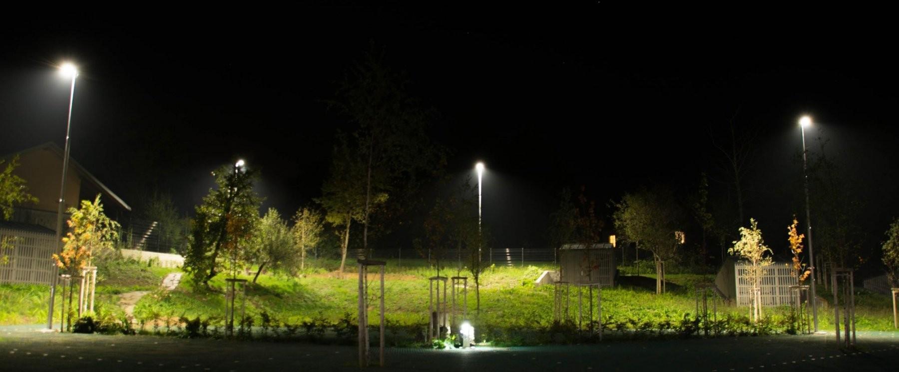 Dobra javna razsvetljava mora biti svetlobno-tehnično ustrezna, ekonomična in okolju prijazna