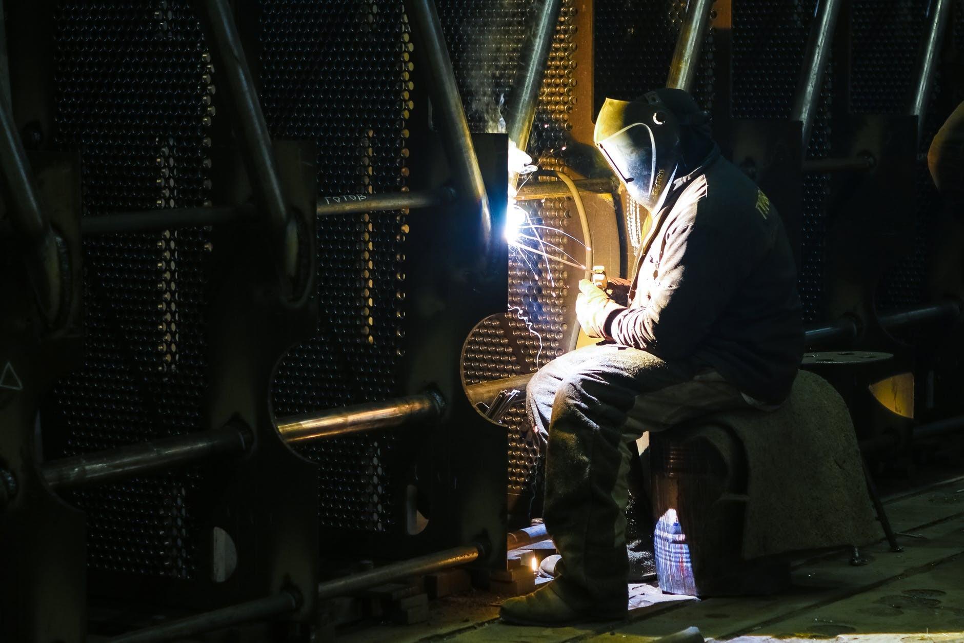 zaščitna delovna oblačila za varjenje