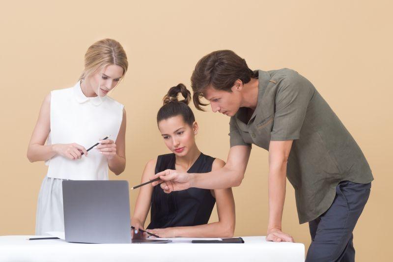 Komunikacija med sodelavci