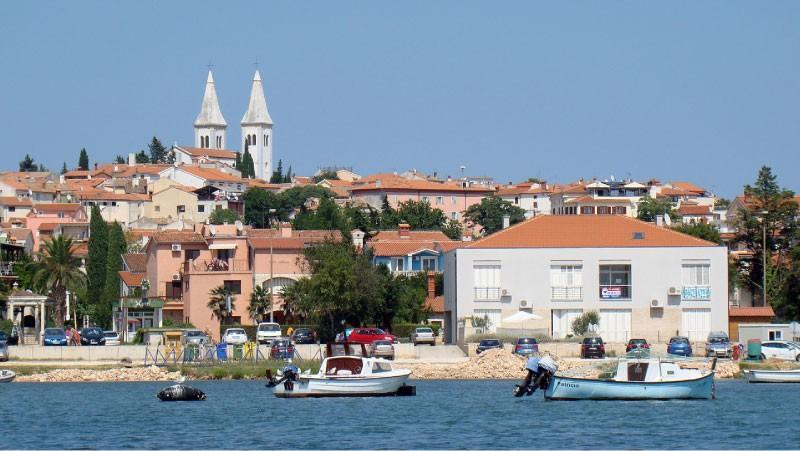 Počitnice v mobilnih hiškah ob Medulinu na Hrvaškem
