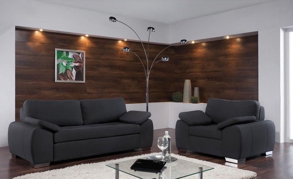 Sedežne garniture so tudi dvosedi in fotelji