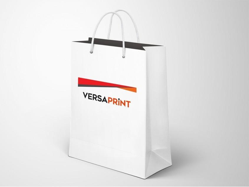 Tisk logotipa podjetja na promocijske vrečke