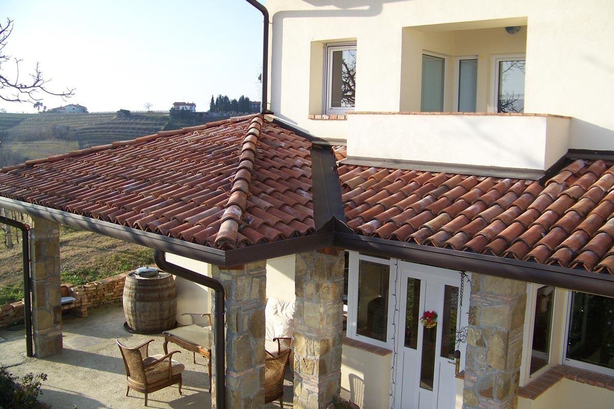 Celotna adaptacija hiše in dvorišča hiše v Kozani