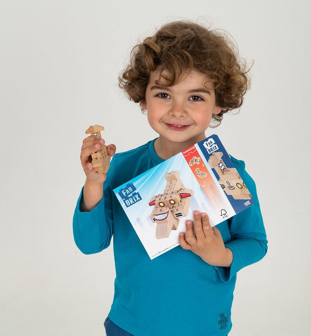 lesena otroška igrača